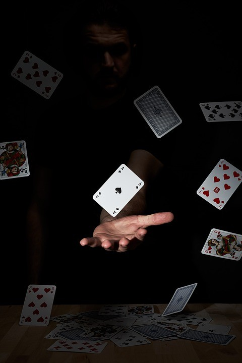 playing-cards-4074478_960_720.jpg