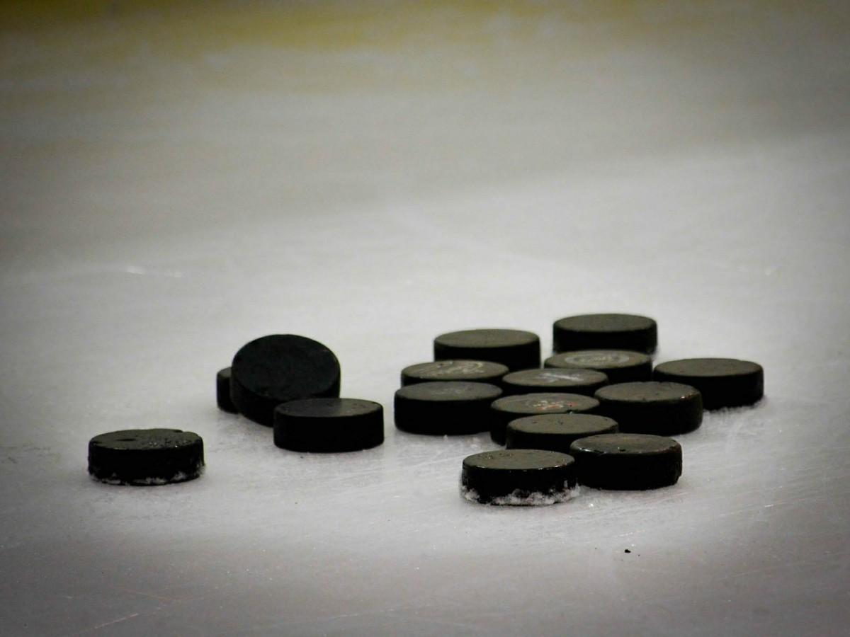 hockey-puck-608582_1280.jpg
