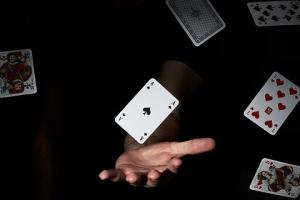 playing-cards-4074478_960_720.jpg