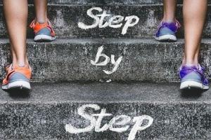 stairs-4574579_640.jpg